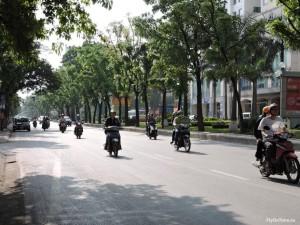 Уличное движение Ханой