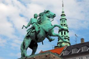 Конная статуя епископа Абсалона, Копенгаген, Дания, Европа